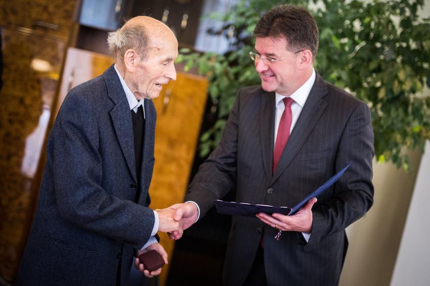 Štefan Nosáľ a minister zahraničných vecí Miroslav Lajčák.